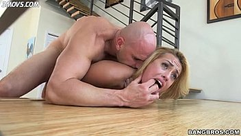 kelsi-monroe-gets-drilled-up-the-butt-on-stairs lq