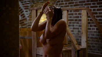 Celebrity boobs naked - Chelsea handler - topless while receiving special spa treatment - uploaded by celebeclipse.com