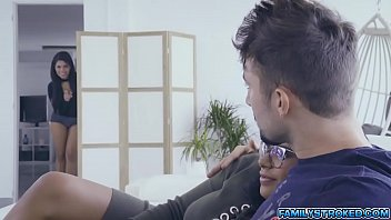 Hot 3some fuck with stepsis Keysha and SheylaIGH QUALITY RENDER MP4[0]