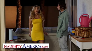 Naughty America - Kayla Kayden Goes Looking For Her Neighbor To Fuck Him!!