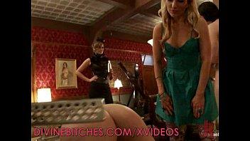 Mistress has several slaves Vorschaubild