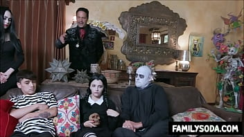 Adult halloween costume sexy adams family - Adams family orgy