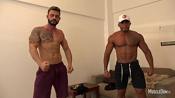 Gay male strip show Two hunks muscle worship