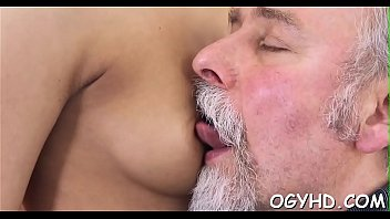 Old vs young sex video - Young hotty blows old shlong