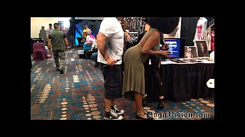 Uk tranny chat room pics Fetish convention 2016 short vids and pics