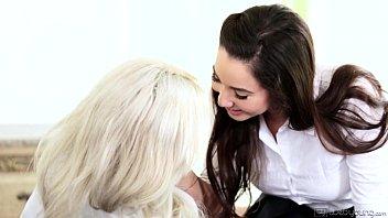 Karlee Grey and Elsa Jean at WebYoung Vorschaubild
