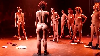 bbw nude theater show