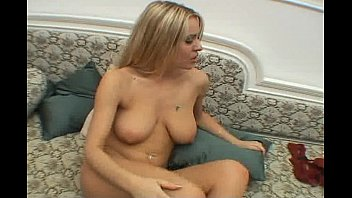 Solo Girl Rubbing Her Pussy