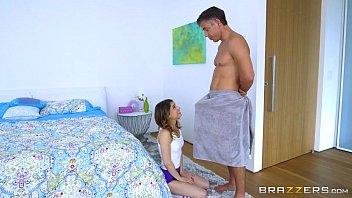 Brazzers - Kristen Scott wants a big cock 7分钟