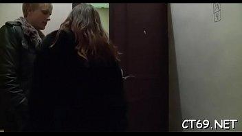 Età legale adolescente coppia cazzo porno