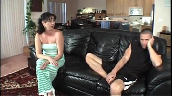 HORNY MILF - MORE FREE VIDEOS AT theaffiliatewall.com