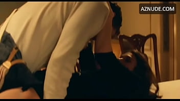 Keira Knightley Fucked In Table (Looped)
