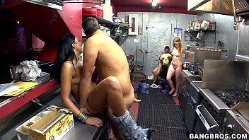 Stevie Shae Fuck in Back of business porno izle