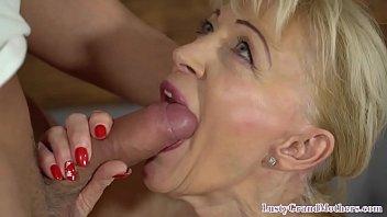 Dentures video blowjob - Granny breaks in her dentures on cock