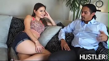 Stepdaughter Bliss Dulce sucks dick before IR penetration