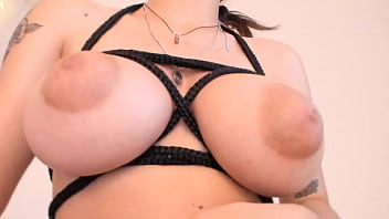 Latina with big tits dances without panty in front of the camera - full video here: gestyy.com/w8G3wa