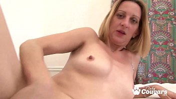 Cougar Lets A Horny Black Guy Put His Whole Dick Inside Her Butt