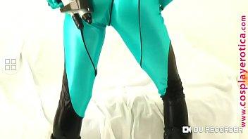Samus cosplay perky tits.