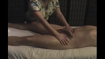 For women: Learn how to give original tantric handjob massage