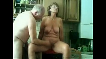 Stolen porn videos melissa Stolen video of my gorgeous mom having fun with dad