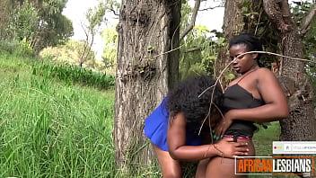 Amateur Black Girls Get Freaky In Public Park