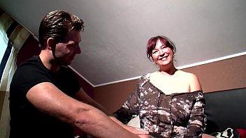 Junges Ehepaar lässt sich beim ficken filmen