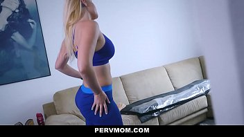 Pervmom - Sexy Blonde Stepmom (Vanessa Cage) Needs Help Stretching thumbnail
