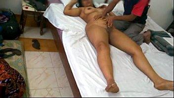 Indian MILF Mona Bhabhi Massage With Room Service And Fucked