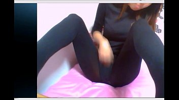 Masturbate with black pantyhose on skype | www.cams777.net