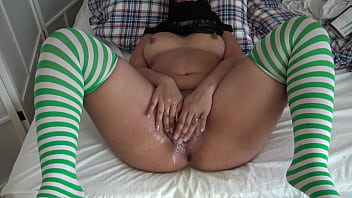 Teen Squirting Pussy