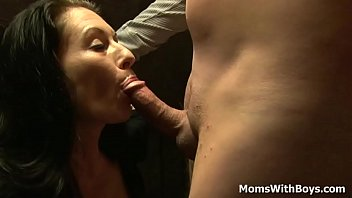 Brunette Milf Squirts After a Good Fuck