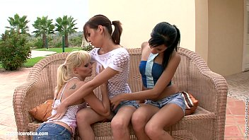 Afternoon Orgasms Lesbain Threesome By Sapphic Erotica