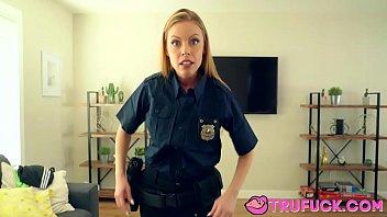 My Step Mom Is A Cop Britney Amber Vorschaubild
