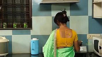Short erotic storie smilf పకకట కరరడ త - pakkinti kurradi tho - telugu romantic short film