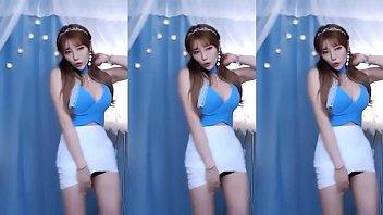 Jeehyeoun sexy dance #4
