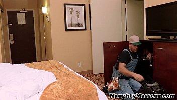 Claire Dames loves rough massage drilling - apl wrestling thumbnail