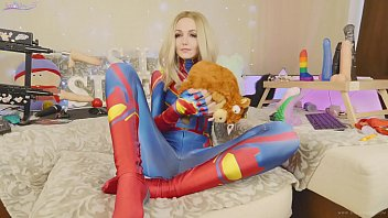 Amateur teen in suit Captain Marvel tests new toys Bad Dragon Sia Siberia 22 min