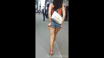 Candid sexy booty in shorts, great ass!!! 63秒