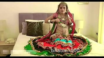 Gujarati Indian College Babe Jasmine Mathur Garba Dance and