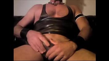 Jacking off in rubber gear