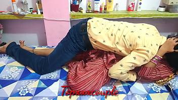 सोई हुई देसी भाभी को गरम करके पहले प्यार और फिर ताबड़तोड़ चुदाई 14