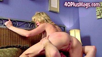 Hardccore porn pics Eager horny mom pounding
