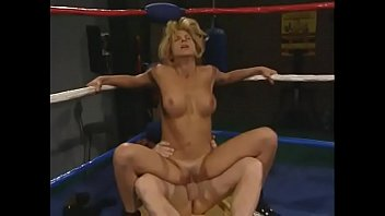 Well-padded blonde boxer Lauren Montgomery has special ceremony before importatning straight fights