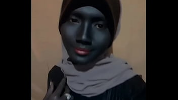 Neisya Rosella, an Indonesian Negro student, has a beautiful and sexy face