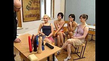 Teeny Schoolgirls 001