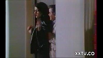 1985 - Payet - BCBG Secretaries on the day. 75 min
