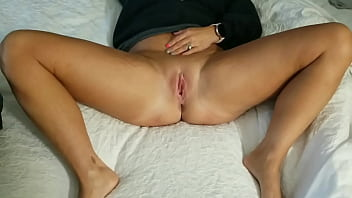 Streaming Video Amateur wife rewards lucky contest winner - XLXX.video