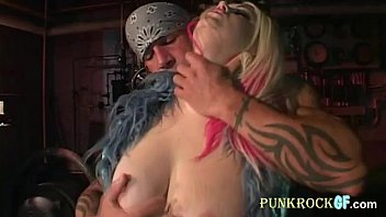 Punk BBW urban seduction