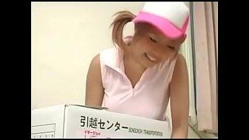 [AV-R]日本-D罩杯女孩沒穿內衣去幫同學搬家結果被上 - 12 min 12分钟
