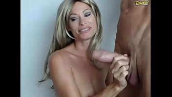Super Milf sucks a fat cock on webcam - may 2017